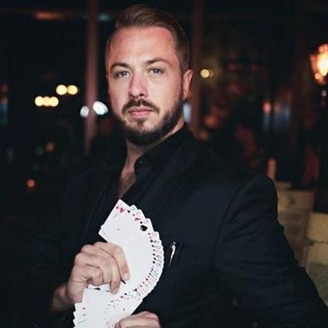 Illutionist Magician