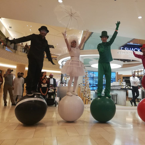 Ball Balance UAE Themed Parade
