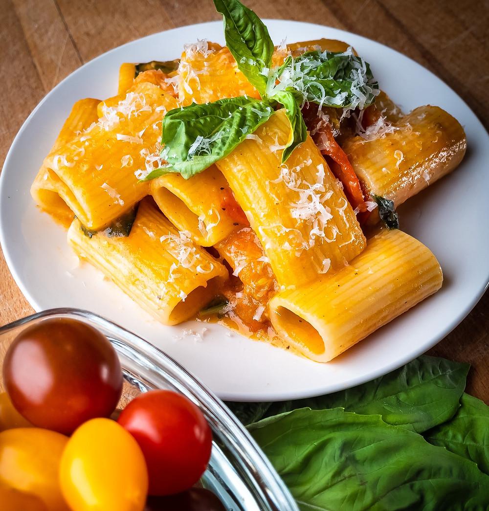 pasta-allo-scarpariello-cherry-grape-tomato-es-paccheri-spaghetti-italy-recipe-italian-best
