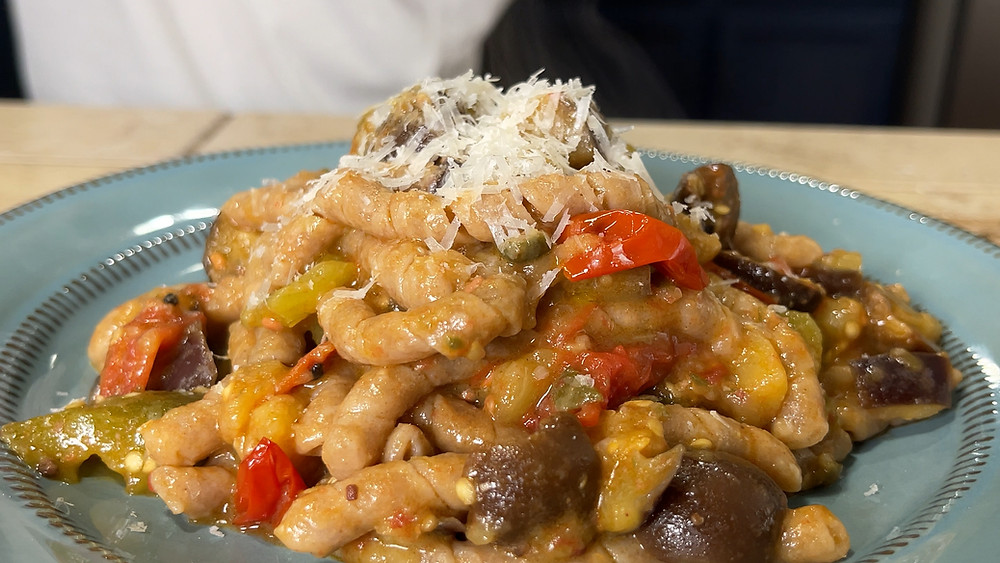 pasta-cu-i-cucunci-vegetable-pasta-vegetarian-vegan