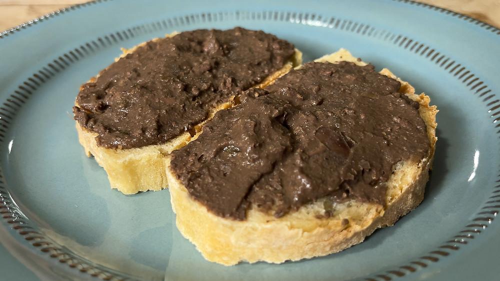 crostino-bruschetta-toscano-tuscan-liver-pate-spread-recipe-italian-authentic-delicious-simple-easy
