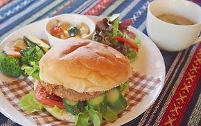 tuesdaycafe_burger02.jpg