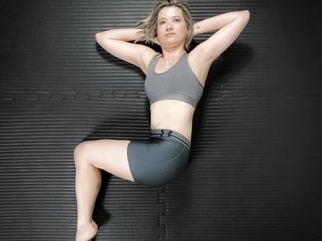 Como o Pilates pode contribuir para o tratamento da escoliose?