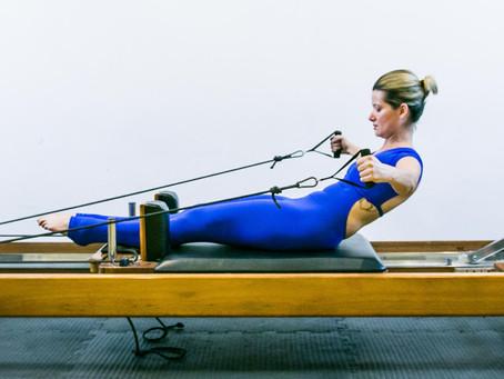 8 Dicas para manter seus movimentos de Pilates dentro da biomecânica perfeita