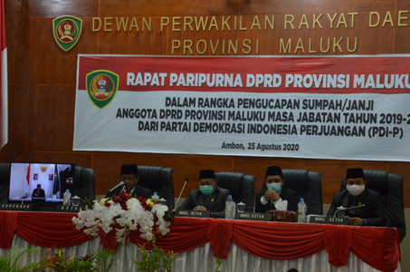 Rapat Paripurna DPRD Provinsi Maluku