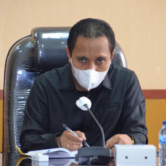 Wakil Ketua DPRD Provinsi Maluku (Melkianus Sairdekut, S.Hut)