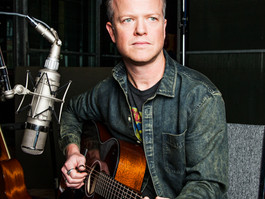 Award-winning Musician and Producer Steve Dawson Announces  The Black Hen Roadshow Vol. 4