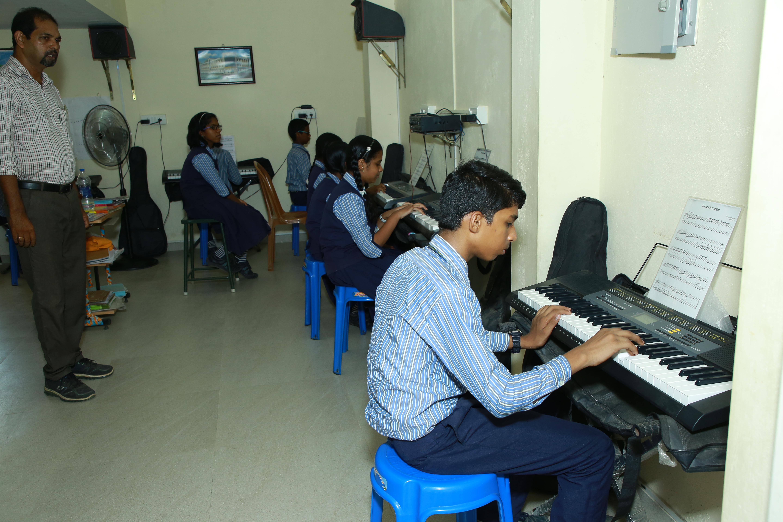Piano Class - ECA