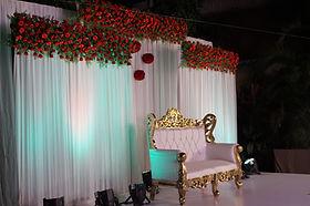 wedding_decor__church_wedding_decor__pew