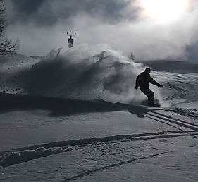 snowboardig magic in pic majot in sella nevea