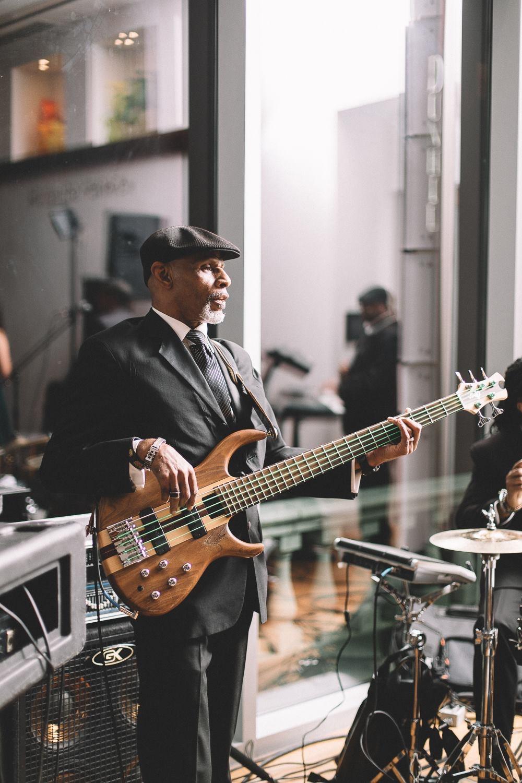 Roscoe, Bass Guitar