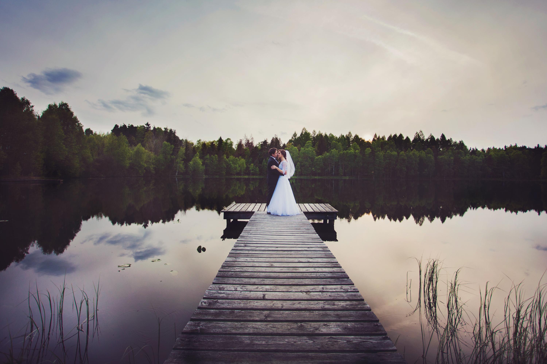 Sesja ślubna nad jeziorem kaszuby