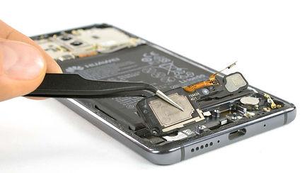 Huawei_Mate_10_Pro_Teardown_02_.jpg