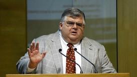 Agustín Carstens, de ex gobernador del Banxico a gerente de institución financiera