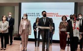SAMUEL GARCÍA PRESENTA A SU GABINETE; ESTARÁ INTEGRADO POR 10 MUJERES Y 8 HOMBRES