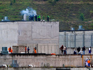 Ecuador confirma que 116 reos han fallecido en los motines de Guayaquil