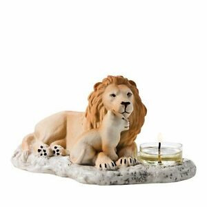 lion pride.jpg