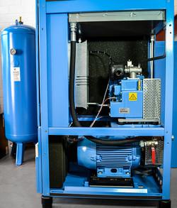 Inside Rotary Screw Compressor (1)