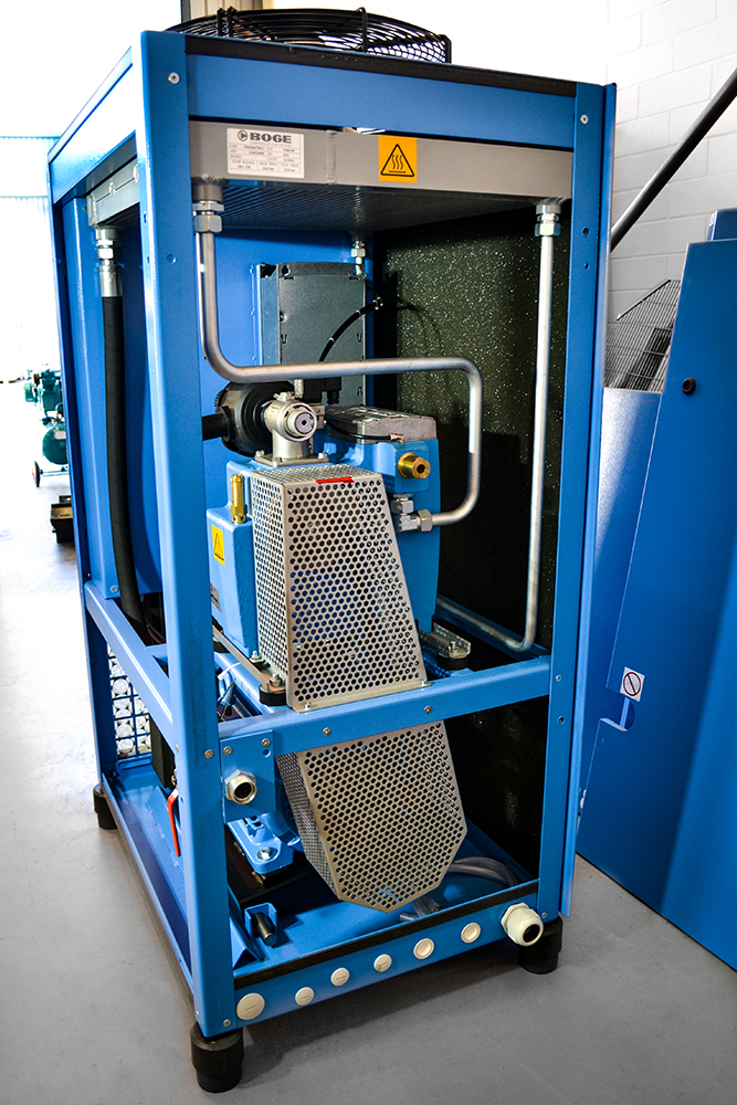 Inside Rotary Screw Compressor (2)