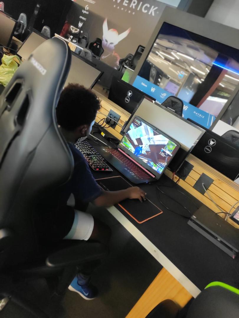 Mad Gamers Lan Event.jpeg