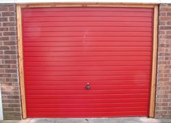 Garador Horizon in Ruby Red