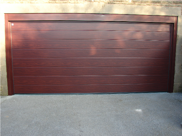 Linear Medium Rosewood