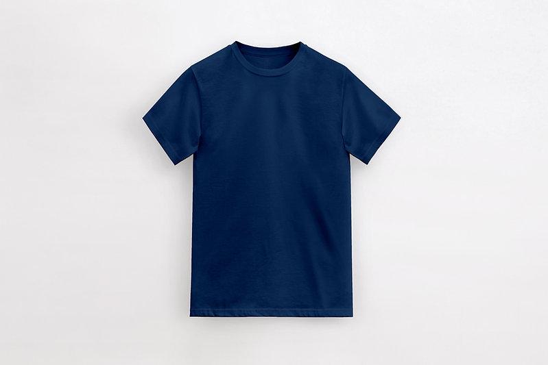 紺色のTシャツ