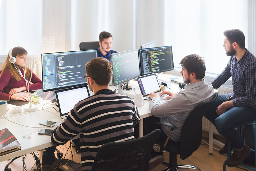 development-team-monitors-55be920f5ccd4bf695e5b4c16e54de82.jpg