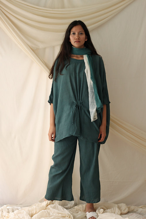 Textured Scarf With An Oversized Top And Relaxed Fit Pants - Kath - Bottle Green