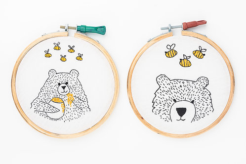 Room Décor Embroidery Hoops : Bear having honey with bees