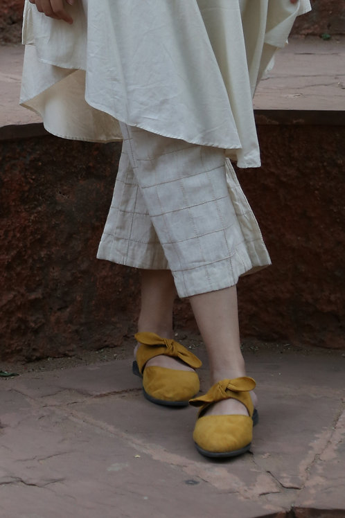 Ivory Linen Culottes With Vertical Embroidery