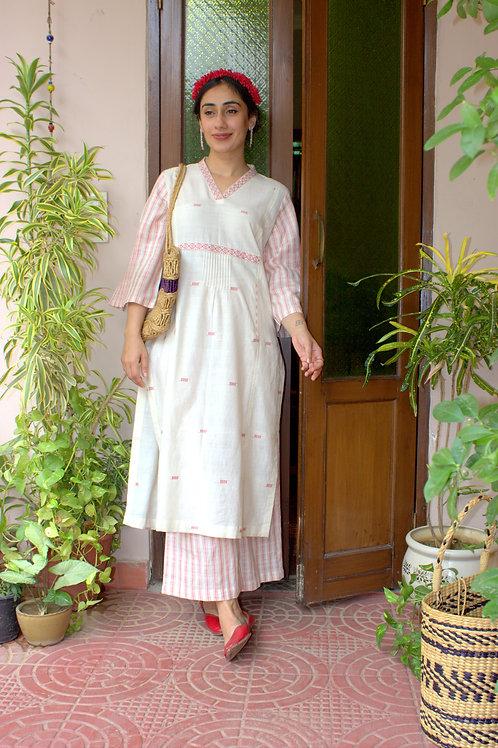 Handwoven Jamdani Cotton Ivory & Pink  Kurta