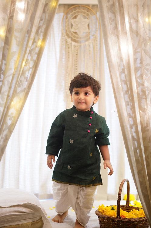 Feeling Festive Unisex Dhoti In Slub Handwoven Cotton