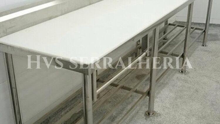 Mesa para corte de aço inox