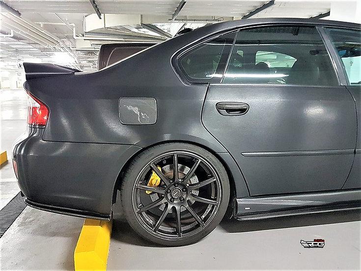 Legacy BL/BP Chassis Carbon Fiber Fuel Door Cover