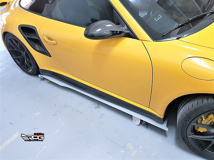 997 GT3 RS/TURBO - GT Vacuum Carbon Side Skirt Extension