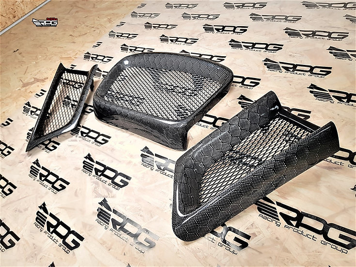 Honeycomb Carbon Fiber 3 Pieces Clip-On Front Mesh Grill