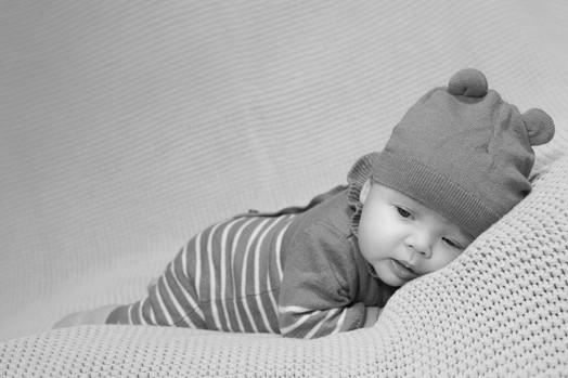 bébé noir et blanc