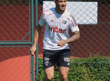 Pato rescinde contrato com o São Paulo.