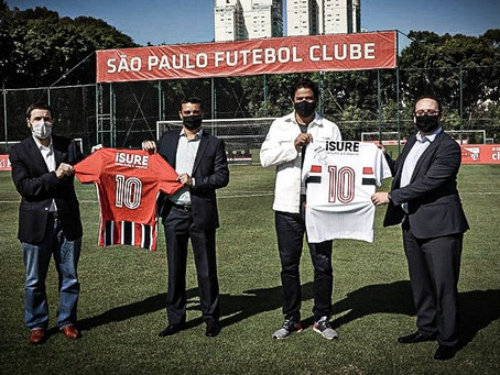 São Paulo tira patrocinador da camisa e espera pagamento para não rescindir contrato.