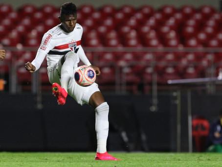 São Paulo sofre quase metade dos gols do ano em três jogos, e defesa se torna nova preocupação.