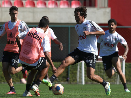 São Paulo ganha fôlego para segurar Igor Gomes após vendas de Antony e Gustavo Maia.