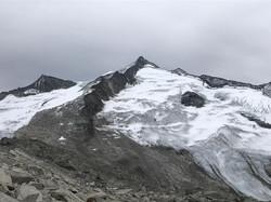 Großvenediger mit Nordgrat von der Kürsinger Hütte aus