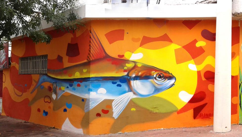 Fish and Yellow dot