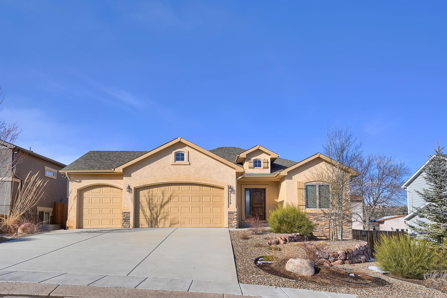 2230 Courtney Dr Colorado-large-001-21-E