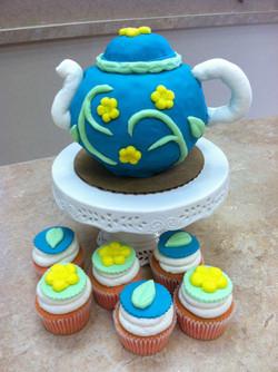 Tea Pot Fondant Cake