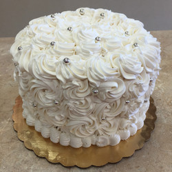 White With Pearls Buttercream Cake