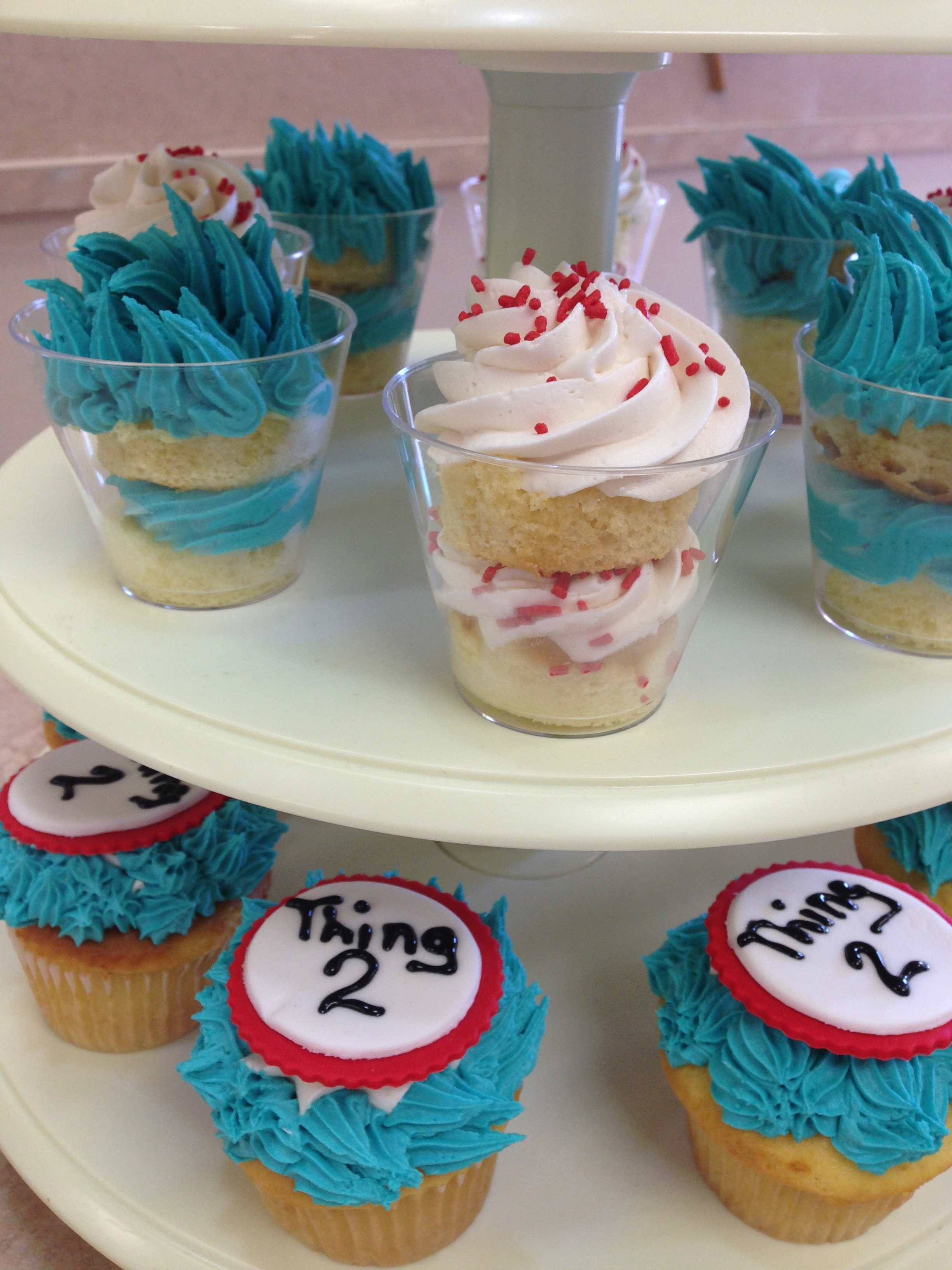 Thing One And Thing 2 Cupcakes
