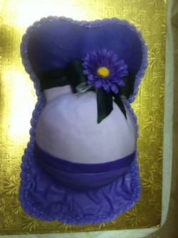 Mommys Belly Cake