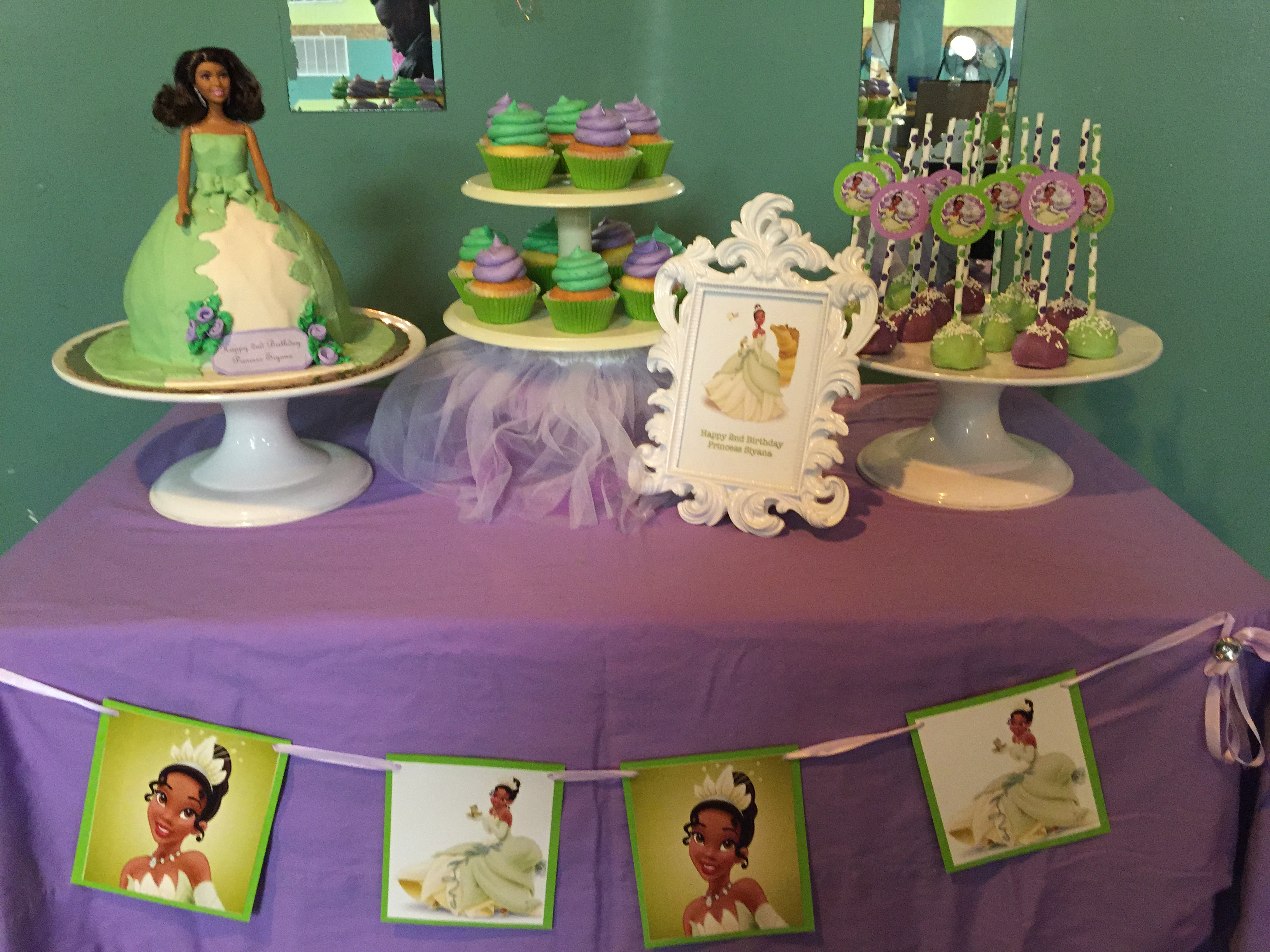 Princess And The Frog Dessert Table
